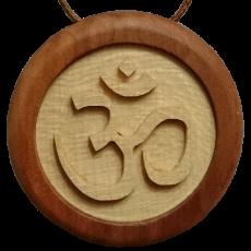Amulett AUM Symbol Apfel Ahorn